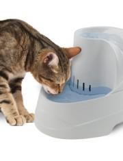 Vega автоматическая поилка для кошек и собак мелких пород